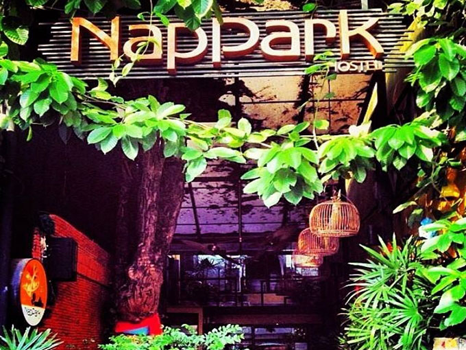 best hostels bangkok