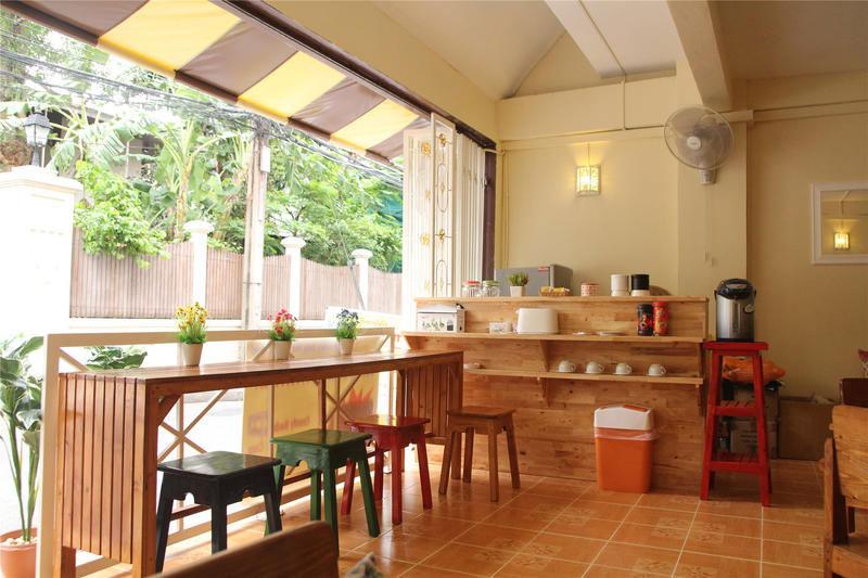 best-hostels-in-bangkok